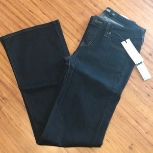 NWT Just Black Dolce Bootcut Jean Size 4P (27P)